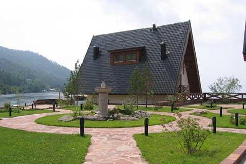 Nikola Village